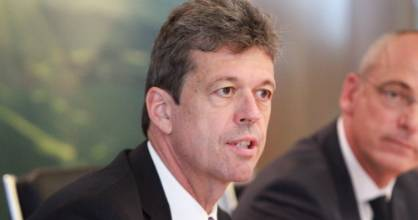 Lukas Paravicini will remain Fonterra's chief financial officer until June.