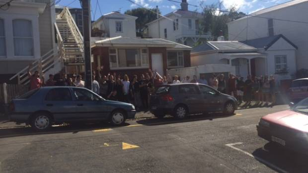Forty people turned up to a scheduled viewing of a flat in the Wellington suburb of Mt Cook this week.