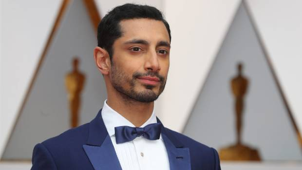 A good style for receding or thinning hair, the short and clippered look worn by Riz Ahmed is a modern take on a classic cut.