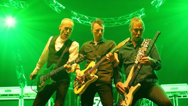 Status Quo Still Searching For The Fourth Chord Stuff