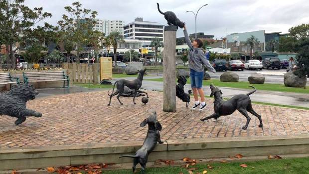 The dogs (and cat) of Lynley Dodds' Hairy Maclary stories are caught up in a game at Tauranga's waterfront.