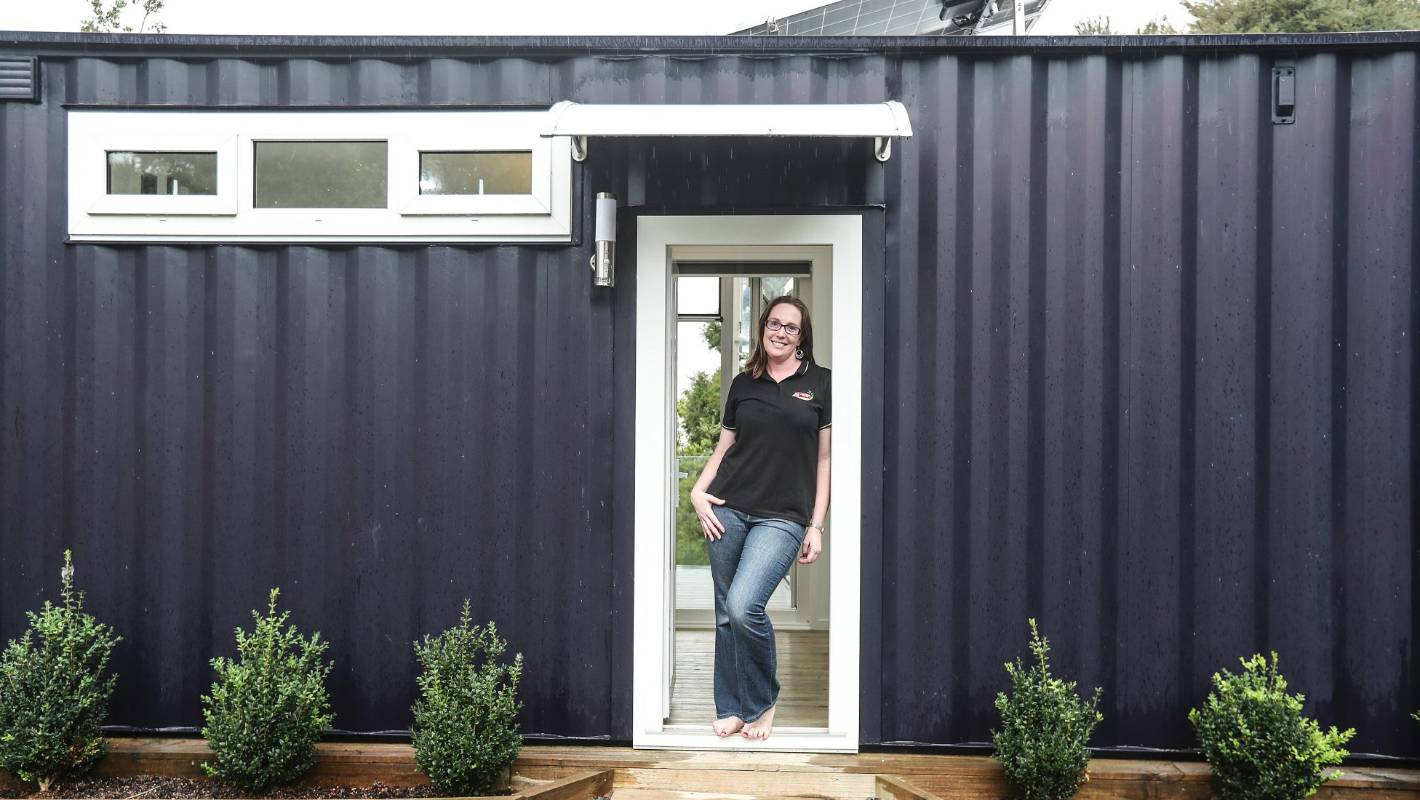 Tiny Container House Becomes First To Achieve 8 Homestar