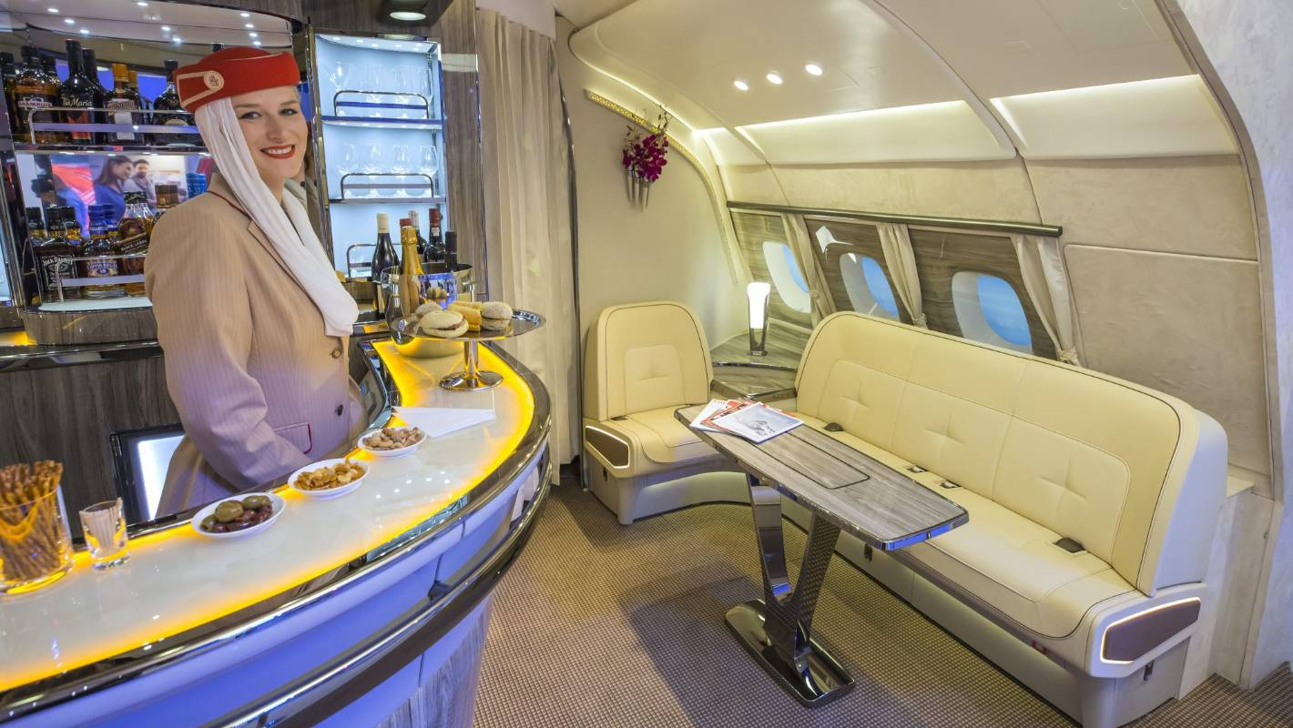 Airline's new yacht-inspired bar: Emirates A380 jetliners ...