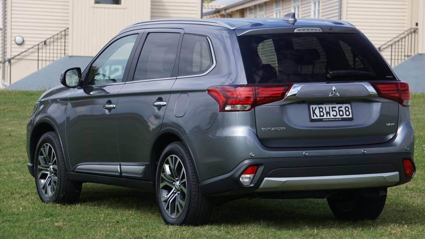 Outlaws need not apply for Mitsubishi Outlander | Stuff co nz