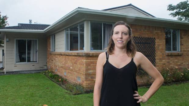 First-home buyer Francie owns this house in Hamilton, but works and house-sits in Auckland. Renting out the house on ...