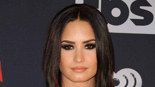 Demi Lovato Made Her Eyes The Main Focus Of This Look