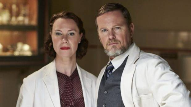 Dr Alice Harvey (Belinda McClory) and Dr Lucien Blake (Craig McLachlan) in The Doctor Blake Mysteries.