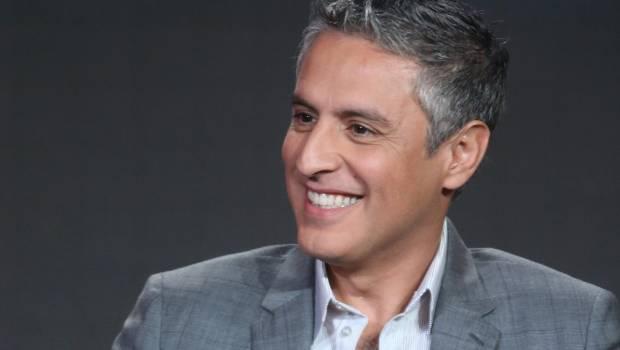 CNN's Reza Aslan eats human brain with cannibal sect in