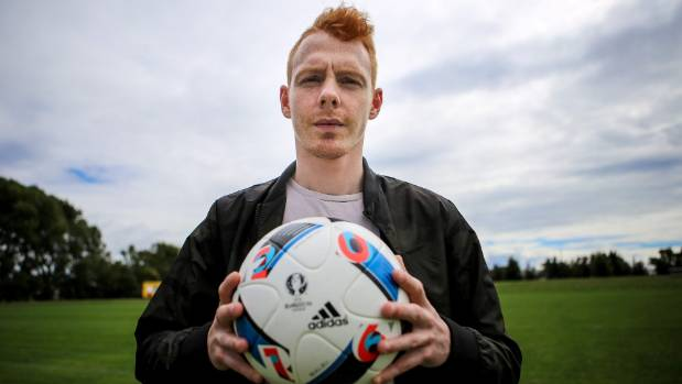Nelson Suburbs have signed former Glasgow Rangers youth product Kristian Gibson for the Mainland Premier League.