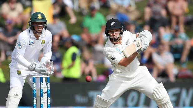 De Kock, Boult both still in doubt for Hamilton Test