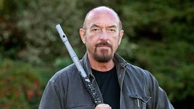 Ian Anderson, frontman of the 60-million album-selling Jethro Tull juggernaut, is on his way to New Zealand.