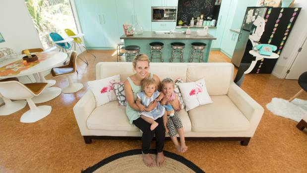 Yolanda Brown with daughters Isabel-Lyla  and Charlie-Kate Brown