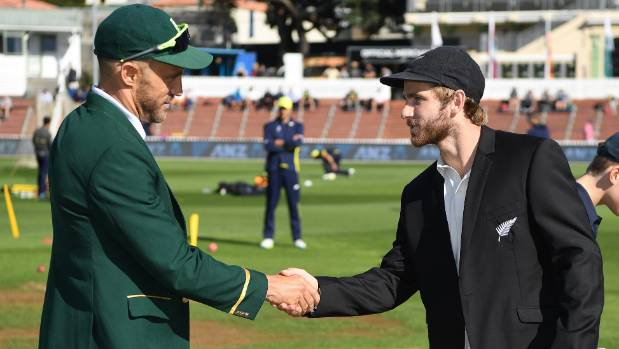 South Africa win toss and bowl; de Grandhomme replaces Santner