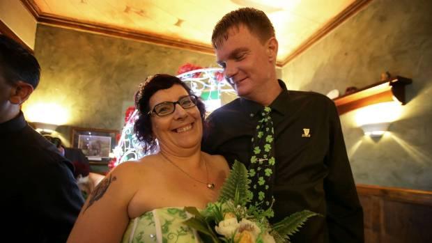 Irishman Chris Smyth married Andi Taylor at Waxy O'Shea's Irish Pub on St Patrick's Day morning.