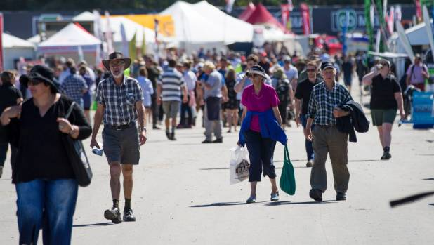 Central Districts Field Days draws both farmers and townies to Manfeild.