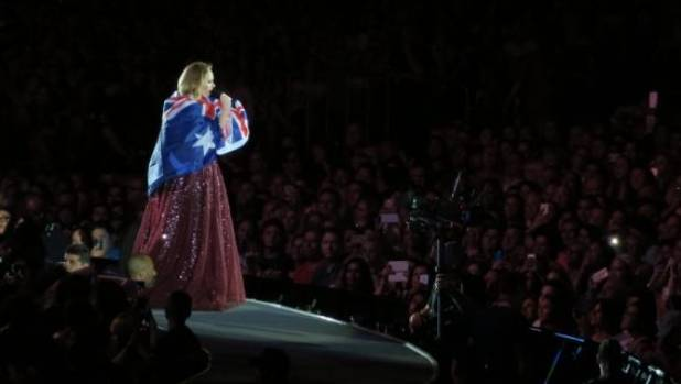 Adele has a particulalry Aussie moment at her Melbourne show.