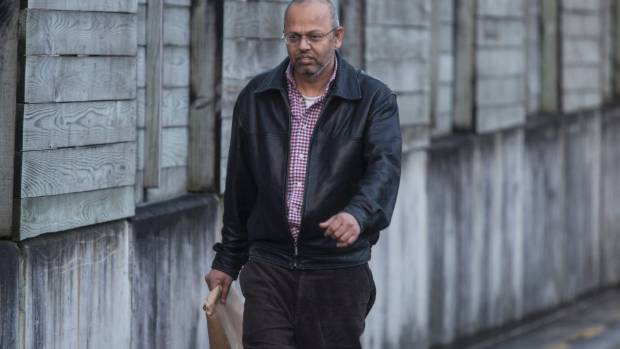Mohamed Siddiqui pleaded guilty to charges of deception and forgery after pretending to be a psychiatrist.