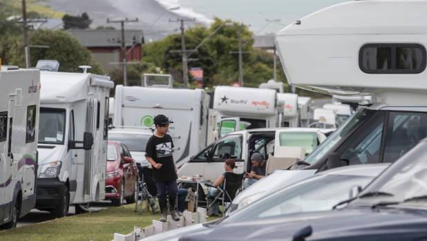 Tourism professor David Simmons says the hundreds of campervans stranded by the Kaikoura earthquake highlighted the need ...