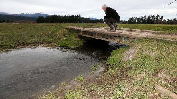 Farmers will need to keep stock out of waterways or risk a fine under proposed government rules.