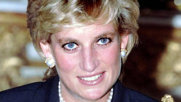 Princes recall last phone call with Diana and release private, family photos