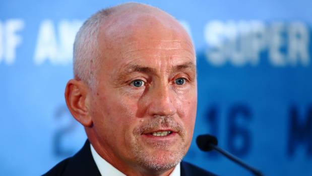 Irish great Barry McGuigan knows what it takes to rule a division, as he did in the featherweight ranks in the 1980s.