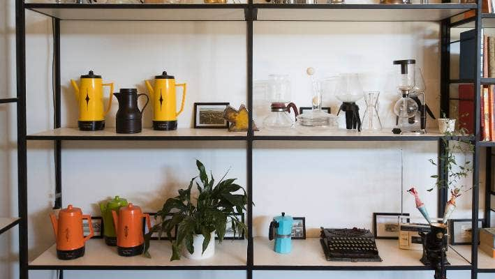 The 'library' displays an impression collection of retro curios.