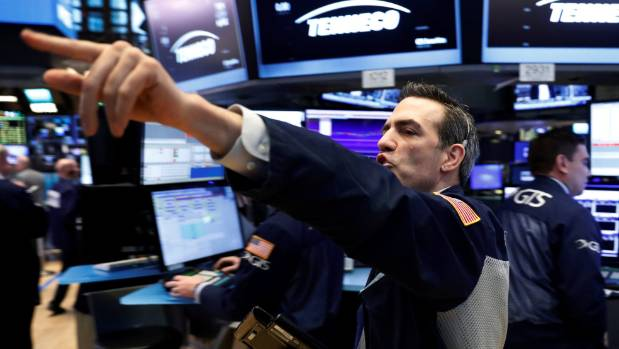 Markets Right Now: Washington turmoil unnerves markets