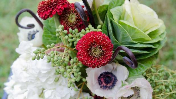 A winter share by Flora and Fauna that harnesses all the season's high points - kale flower, anemones, chrysanthemums, ...