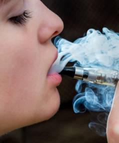 Purchasing E-cigarettes and accessories is soon to become legal, the Government has announced.