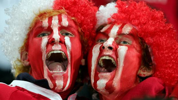 Kiwis up and down the country have offered to host Lions fans free of charge.