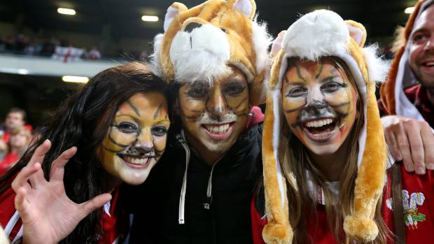 "Kiwis offering up their homes have been described as a ""credit to mankind"" by British and Irish Lions fans."