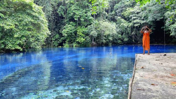 The lucid Blue Holes found on Espiritu Santo are great for snorkeling.