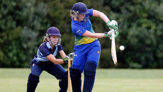 Lauren Down in action for the Takapuna Ponies in the Pearl Dawson Trophy final against Auckland University.