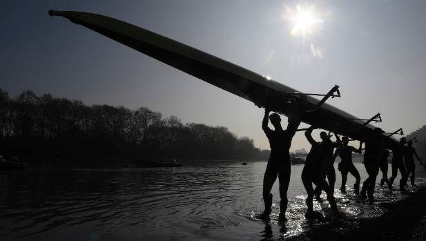 Oxford see off Cambridge in Varsity Boat Race