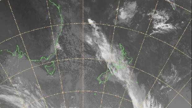 Cloud covers the centre of the country in this 11am satellite image from MetService.