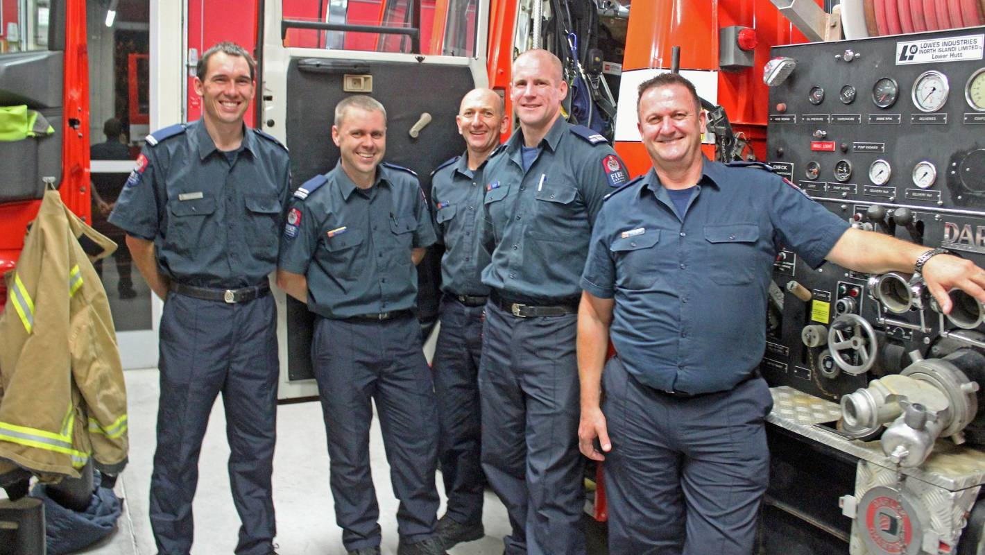 Firefighters tackle 'toughest two minutes in sport' following