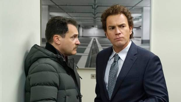 Ewan McGregor as Emmit Stussy, right, with  Michael Stuhlbarg as Sy Feltz in Fargo, season three.
