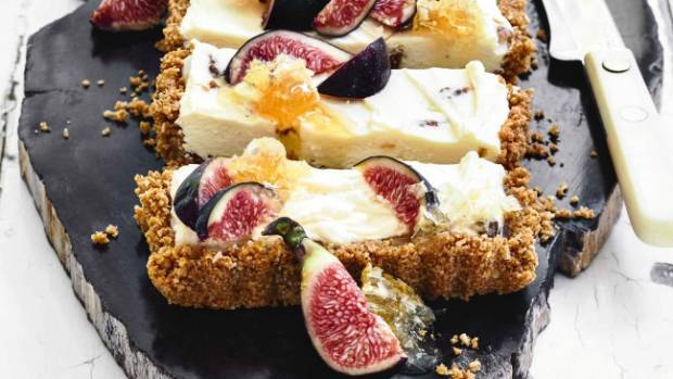 A divine cheesecake topped with figs.