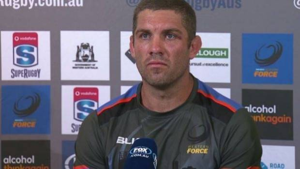 Wallaby Fardy rails at 'faceless men' running Super Rugby