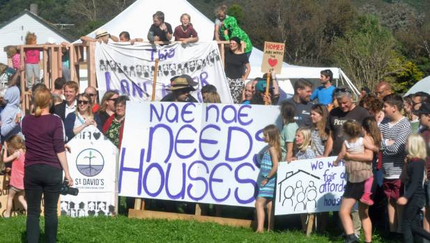 An estimated 500 people attended a church protest organised to draw attention to the level of vacant HNZ land in Lower Hutt.