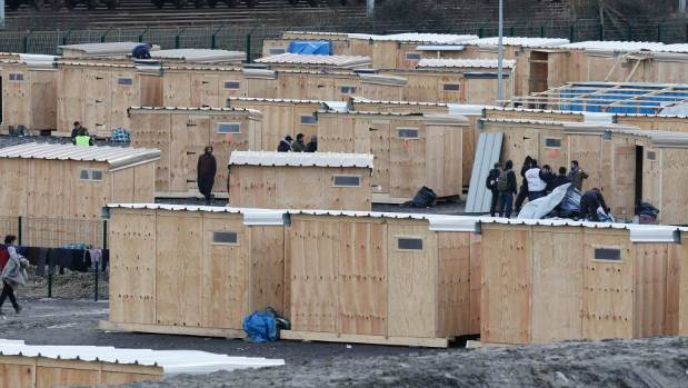 Fears of new 'Jungle' after migrants torch Dunkirk camp