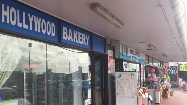 The Henderson Hollywood Bakery manager said his premises had to be closed for two days while cockroaches were cleared.