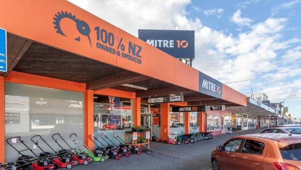 One of the biggest commercial properties in the Coromandel township of Thames has been placed on the market for sale.