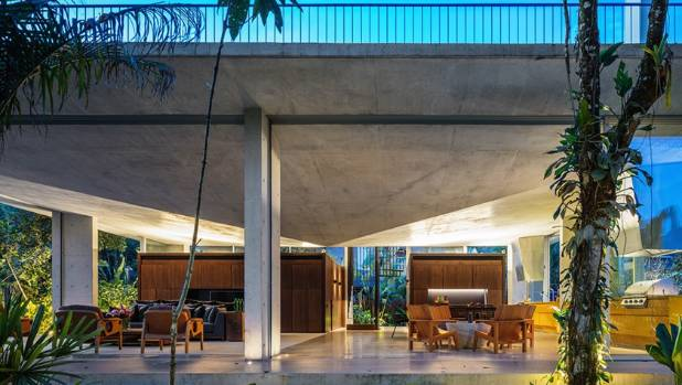 Residencia Itamambuca in Brazil, by SP, Brazil Arquitetura Gui Mattos won both the Jury and Popular prize for a ...