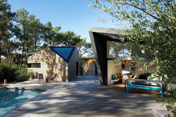 This holiday house in Cap Ferret, by Atelier du Pont was the popular choice in the Residential home 3000 sqft -5000sqft ...