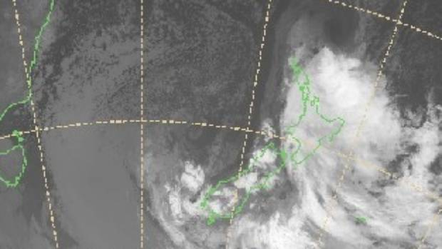 Auckland is bracing for Cyclone Cook, which is set to hit mid-afternoon on Thursday.