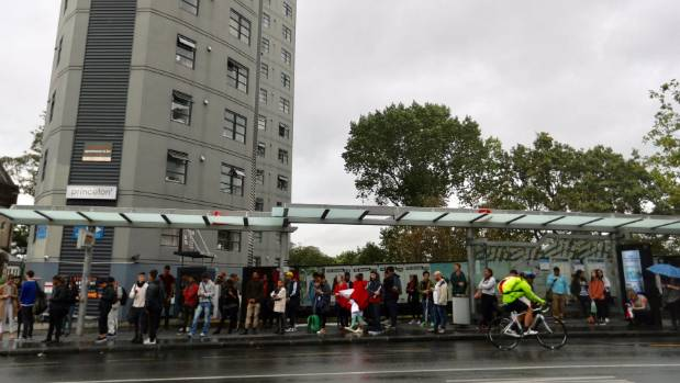 Queues in Symonds St, Auckland, as people try and make their way out of the CBD before ex-tropical Cyclone Cook hits.