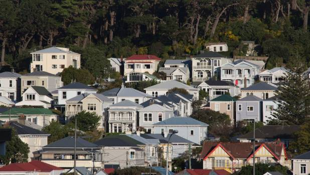 An investigation of Wellington's housing stock has found earthquake concerns in 60 per cent of 100 inspected homes.