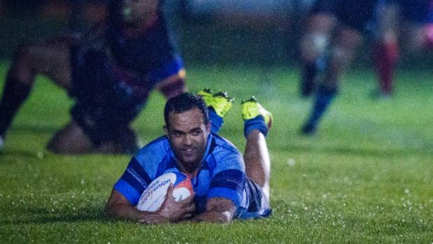 Former Makos utility Robbie Malneek scores his first try for the Central club during their division one clash with ...