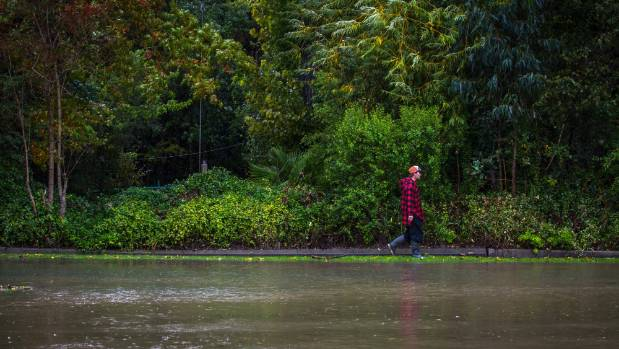 Flights cancelled as New Zealand waits for storm to hit